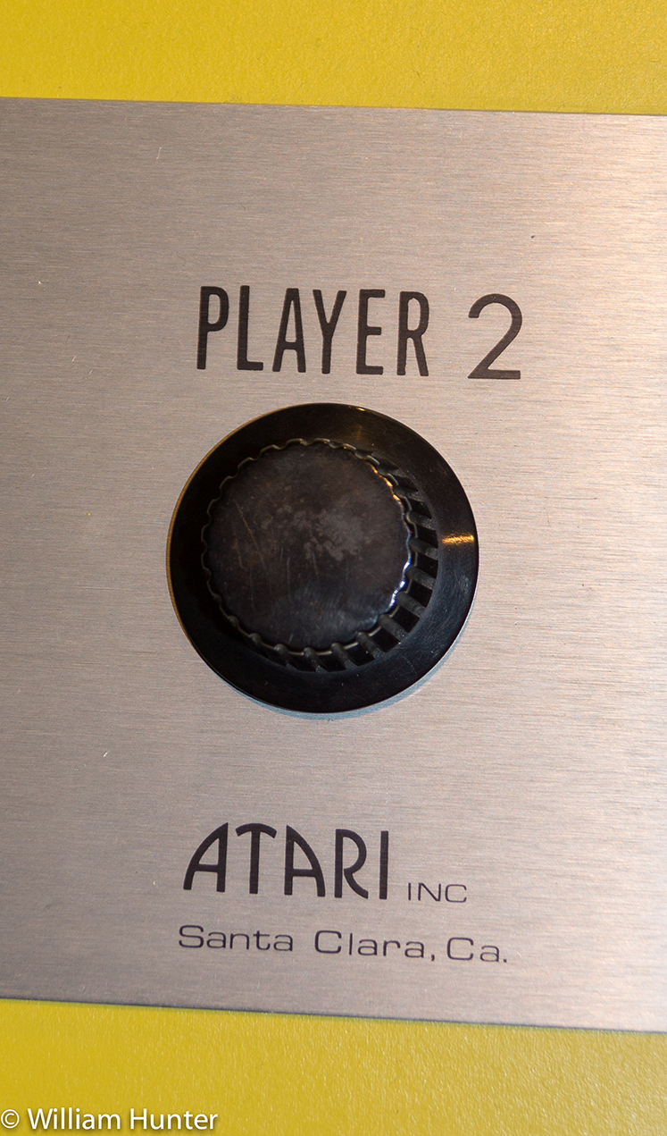 Close-up photo of a knob from PONG, a coin-op video game by Atari, 1972