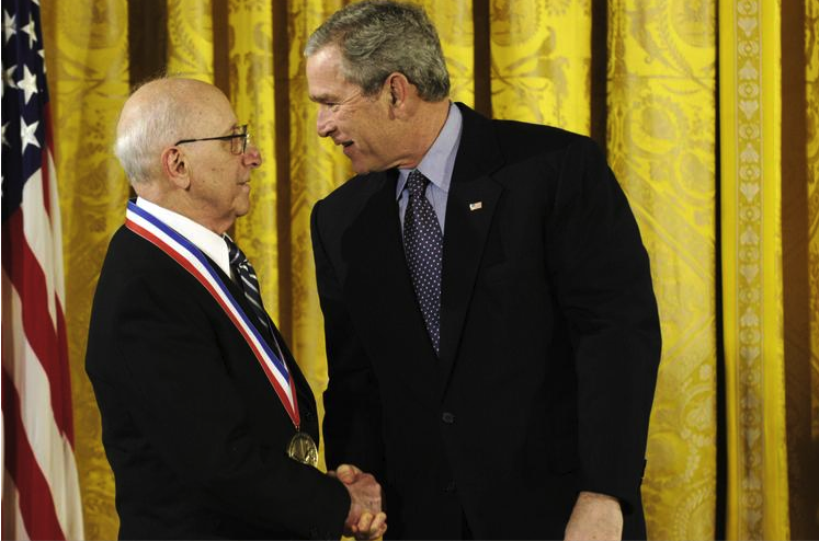 Odyssey home video game creator Ralph Baer accepts National Medal of Technology and Innovation
