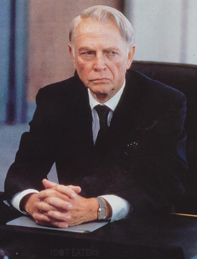 Dan O'Herlihy in Robocop, 1988